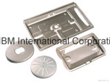 Metal de folha que carimba as peças e o escudo do metal