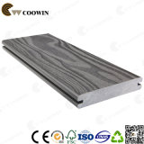 Coowin WPC 134X24mmの防水屋外のテラスの材木のDecking
