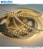 DC12V/24V 120LEDs/M 2 Chips in Ein Bicolor 3528 SMD LED Strip