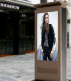 "55 ""65"" Impermeável TV Stand LCD Outdoor Advertising Totem Kiosk 2000nits TFT Displayer"