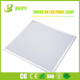 세륨에 의하여 승인되는 흔들림 자유롭게 Ugr<19 100lm/W Step&Flat LED 위원회 빛