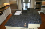 Естественный каменный голубой гранит перлы для плитки, верхней части Vanit, вымощая