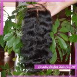 Chiusure di seta bagnate ed ondulate dei capelli del Virgin della chiusura dell'onda del corpo