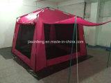 خارجيّ يخيّم ظلة خيمة آليّة