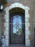Singolo disegno classico ornamentale interno del portello laterale