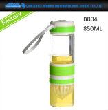 BPA-Свободно стеклянная бутылка воды с крышкой Flip & подгонянной втулкой силикона