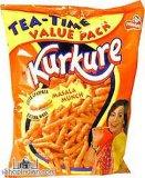 揚げられていたか、または焼かれたシャキッとしたKurkure Niknaks Cheetosの軽食機械