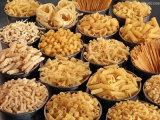 Macarrones populares de las pastas de Italia que hacen la máquina