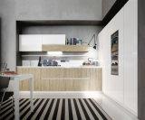 ポーランド人Ikea様式白いMDFのラッカー食器棚