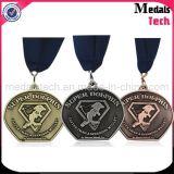 던지기 고대 완료 주문 금속 귀여운 달리기 아이 메달을 정지하십시오