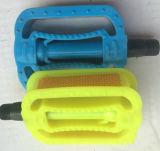 自転車の反射鏡が付いているプラスチックペダルの自転車のペダルのバイクのペダル