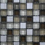 La piscina del azulejo de mosaico embaldosa el azulejo de mosaico
