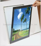 製品によって曲げられるバックライトを当てられたLED Framelessファブリックライトボックスの広告