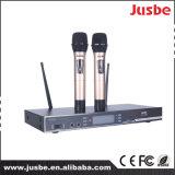 Cardioid UHFMicrofoon van het Systeem van het Overleg van de Toespraak van de Karaoke van 2 Manier Draadloze Handbediende
