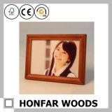 レトロの長方形のブラウンのホーム装飾のための木製の写真フレーム