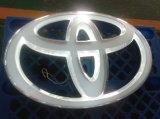 최고 판매 잘 고정된 LED는 아크릴 차 상표 로고 이름을 비춘다