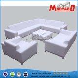 Jogo ao ar livre moderno do sofá da tela do pátio