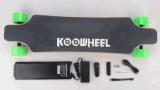 Alemania EE.UU. Almacén Stock Koowheel Electric Skateboard con Dual Motor y Remoter