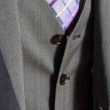 Vestito grigio di svago di PCS della spina di pesce tre di ultimo modo per gli uomini