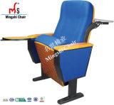 Silla de la conferencia del auditorio de los muebles del diseño del paquete plano del enchufe de fábrica