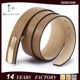 Correias magros do homem do couro genuíno da curvatura do metal do projeto da listra da forma