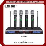 Ls-960 de draadloze Microfoon van de Kanalen van het Systeem van de Microfoon Dubbele UHF Draadloze