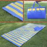 Циновка пикника напольного пляжа одеяла OEM фабрики складывая сь водоустойчивая