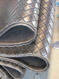 Vasta pavimentazione di gomma costolata ondulata con molti colori