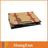 Bolso de compras del papel de Kraft del estilo de la manera con la impresión de la insignia