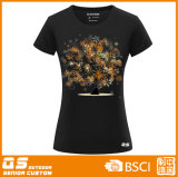 Maglietta del nero di modo delle donne