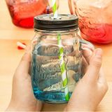 Colorful Cover와 Colorful Straw Hot Sale를 가진 Juice를 위한 Logo를 가진 높은 Flint Beautiful Glass Mason Jar