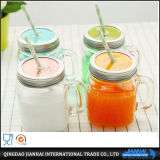 Tarro de masón de cristal hermoso con almacenaje del jugo y del alimento