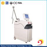 Machine verticale de Remvoal de tatouage de laser de ND YAG de Q-Commutateur de l'ordre technique 1064nm