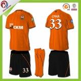 安い卸し売りタイの品質のジャージーのサッカーのフットボールのワイシャツメーカーのサッカージャージー