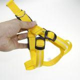 夜安全ナイロンは調節可能なペットLED犬の馬具をつける