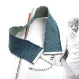 新しいデザイン流行のデニムのふさを持つ女性のための2017年の型のハンドメイドのジーンのチョークバルブのネックレス