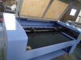 Machine de gravure de découpage de contre-plaqué