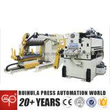 Voeder van de Gelijkrichter van Nc van de Machine van de automatisering de Servo en Hulp Uncoiler aan het Maken van de Delen van de Auto van de Doorwaadbare plaats