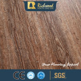 ビニールの板8.3mm E0 HDFの寄木細工の床のカシは端によって薄板にされた木のフロアーリングにワックスを掛けた