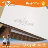 백색 박판으로 만들어진 얇은 MDF 장 (2.3mm, 2.5mm, 2.7mm, 3.0mm)