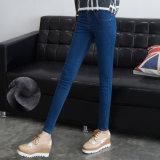 Джинсыы повелительниц тонкой джинсовой ткани высокого качества прямые