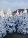 Árbol de navidad artificial hermoso