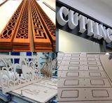 木工業および広告のための1325年のCNCのルーターの切断そして彫版機械