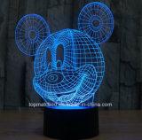 O costume dá forma à luz em mudança da noite do diodo emissor de luz do sensor do USB 3D de Mickey da lâmpada de tabela da cor decorativa com a pilhas
