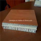 4 ' x8 machen PE/PVDF beschichtete Aluminiumbienenwabe-Panels für Außenwand-Umhüllung feuerfest
