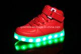 علبيّة عمليّة بيع [لد] أحذية يشعل يتوهّج أطفال زاهية فوق حذاء رياضة
