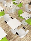 Farbiger Plastikschule-Bibliotheks-Kursteilnehmer-Studien-Trainings-Stuhl