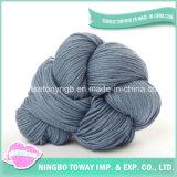 Les fournisseurs de filé lissent le fil à tricoter de coton en bambou normal de laines