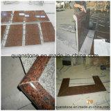 Tuiles en marbré marron saphir / comptoirs en granit