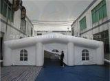 Огромная белая раздувная фабрика шатра партии шатра сразу